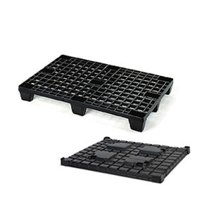 Plastic pallets and lids for pallets